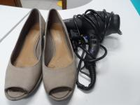 shoes and hairdryer_ref.18493